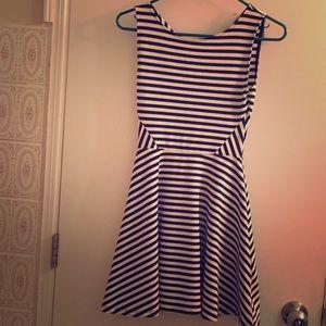 Dresses & Skirts - Black and white stripped dress